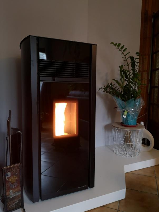 poêles granules 12 kW palazzetti modèle BIANCA LUXe - canalisable - Aveyron