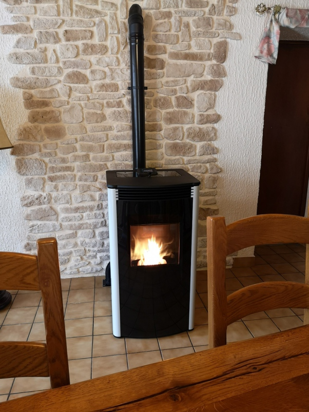 Poêle HARMAN granules - Aveyron - poêle étanche - installation LOT.