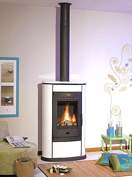 poele a bois pour buche de 50 cm flamme verte amazing pole bois invicta regent with poele a. Black Bedroom Furniture Sets. Home Design Ideas